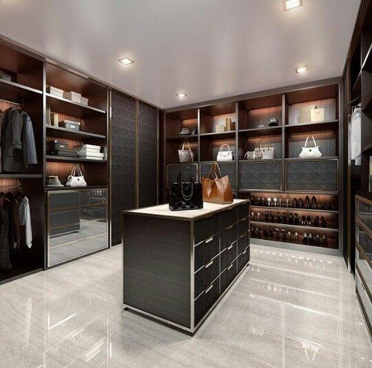luxury closet my wardrobe pinterest placard noir et dressing de luxe. Black Bedroom Furniture Sets. Home Design Ideas