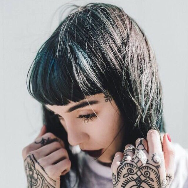 Black and Blue by Loren for Hannah Sykes