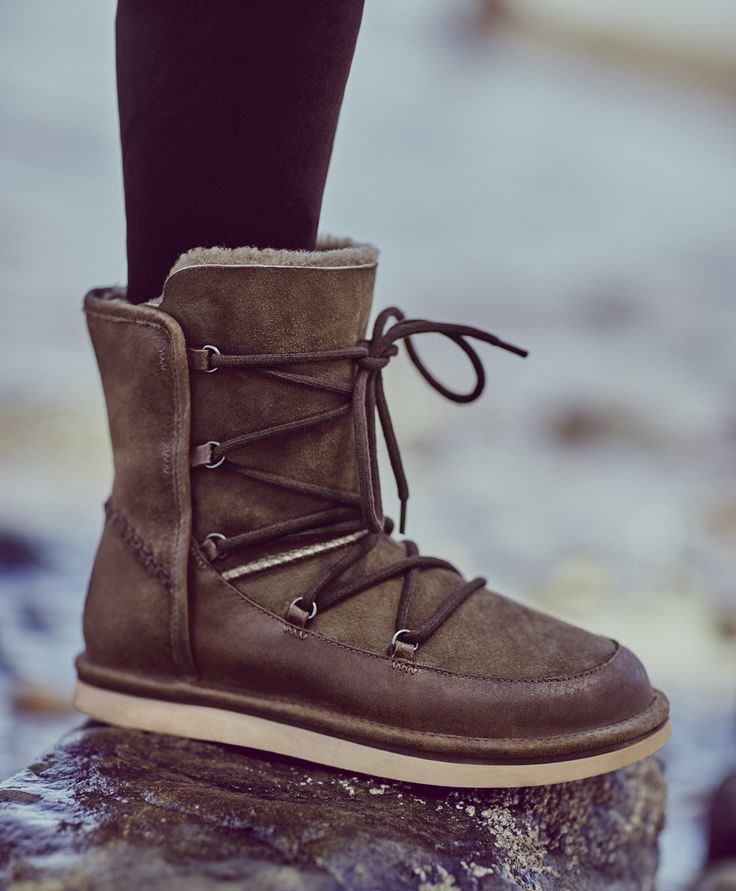 d5bd3b7618c Does Water Mess Up Ugg Boots | MIT Hillel