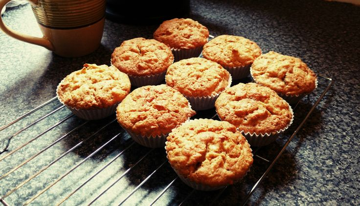 Grated Apple Cup Cakes: RECIPE | Looking for Blue Sky