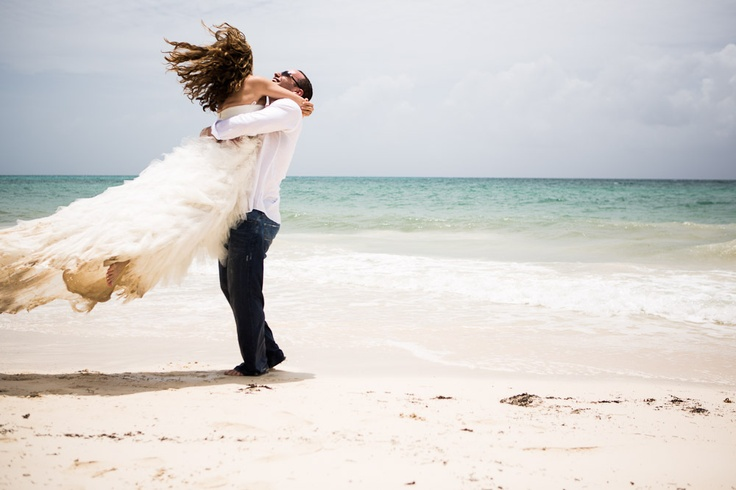 beach wedding. trash the dress. amazingness
