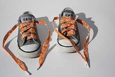 Make your own shoelaces!  What 4th and 5th grader wouldn't dig this....4-H project??