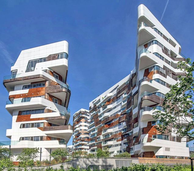 Zaha Hadid and Daniel Libeskind's CityLife complex nears completion in Milan