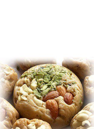 Buy sohan halwa online  Buy sohan halwa online in India at Best Price. 100% Hygienic halwa and free shipping with Cash on Delivery (CoD) facility available. Buy sohan halwa online for yourself or gift to your relatives or friends. Also Karachi, Mix dry fruit, Pista halwa avaliable on fooddeasta online store. Avail exciting offers and discounts on Buy sohan halwa online and guaranteed bonus gift coupons or gift cards on every purchase.