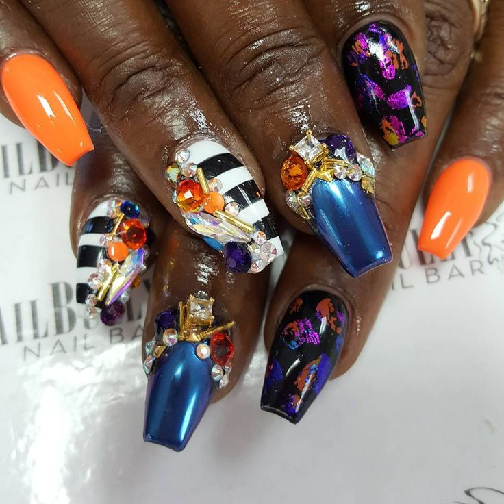 Good morning Queens! Book your appointments for this week online www.nailbully.com or call during business hours Tuesday-Saturday 7544007528. Come Get Bullied! #nailbully #nailbullybitch #justgotbullied #miaminails #ftlauderdalenails #dadecountynails #browardcountynails #westparknails #miamihair #browardhair #dadecountyhair #blackgirlsdonails #instanails