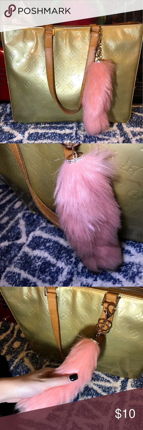 Fox tail keychain 🦊 Not real fur Accessories