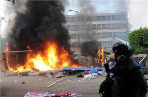 Updated: Experts reflect on Egypt's turmoil - Al Jazeera English