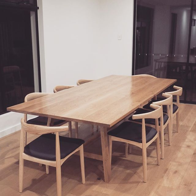 That same Oak Dining Table with chairs.. liking the black on blonde scheme  • • • • • • • • • • • • #thetimberwolf #timberwolfdesign #oak #tableandchairs #diningtable #table #dining #design #interiordesign #timber #woodworking #woodporn #southaustralia #adelaide #sa #woodworker #furniture #furnituredesign
