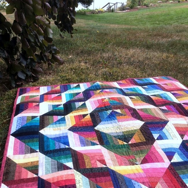 Choosing Fabric for Self-Mitered Log Cabin Quilt Blocks