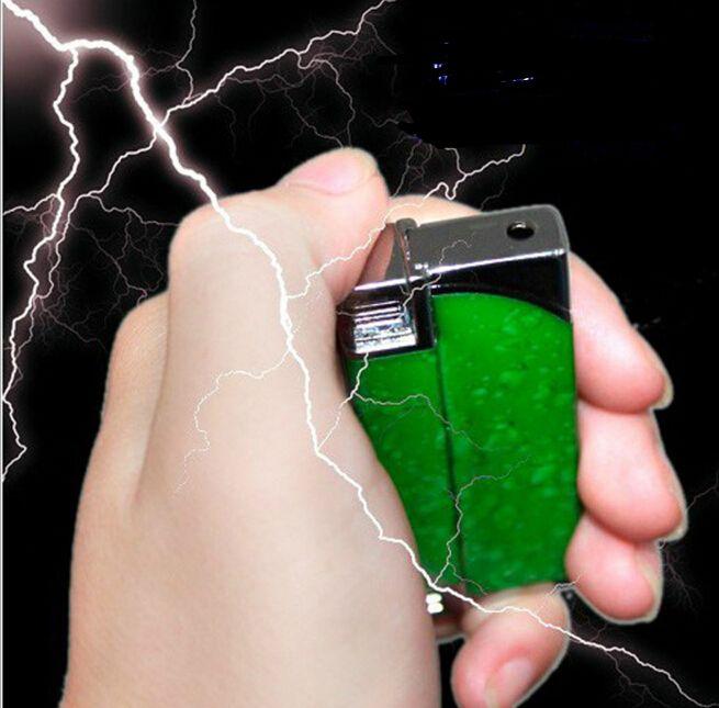 多機能防風再利用ライター電気ショック の おもちゃ ノベルティ ジョーク ギフト いたずら おもちゃ を だまし て友人