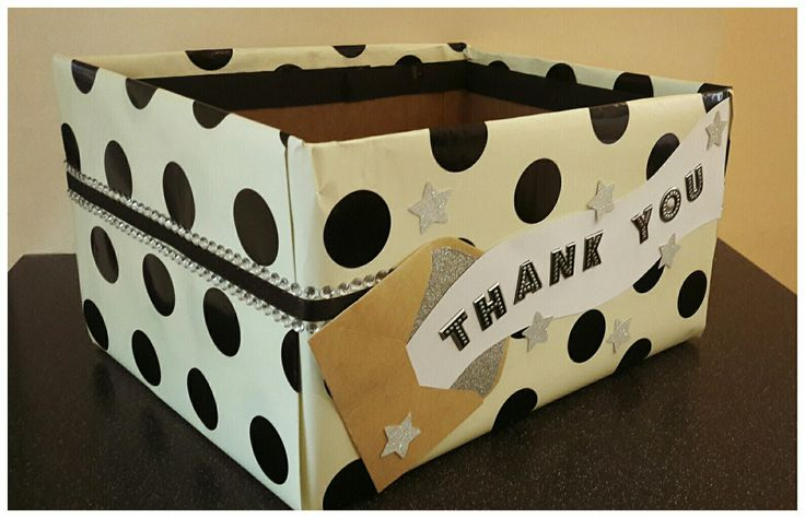 Hand decorated spotty gift box with ribbon, stars and envelope detailing #handmadecrafts #giftbox #thankyougift