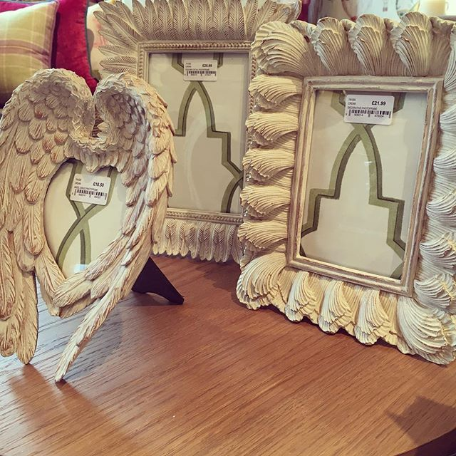 New Season Accessories Now In Angel Wings Decorative Photoframe
