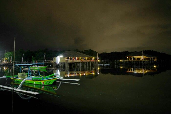 Kampoeng Kepiting night view