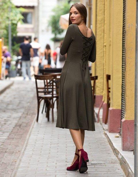 9a652affa937 Khaki love  Τα πιο stylish outfits έχουν χακί χρώμα