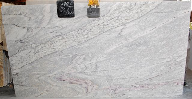 White Thunder Granite Index Of Ugmimages Images Ugm Search River White Granite Kitchen Countertops White Granite
