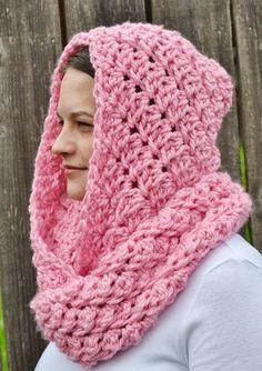 Crochet Hooded Infinity Scarf By Ashley Shin - Free Crochet Pattern - (thesequinturtle.blogspot)