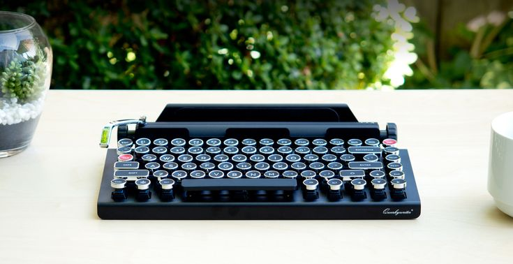 QWERKYWRITER | Typewriter-Inspired Mechanical Keyboard