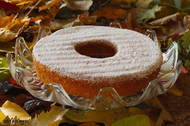 Italian style carrot cake. My own version is made with almonds and flavored  with Moscatello di Castiglione a fine #dessertwine made in #abruzzo