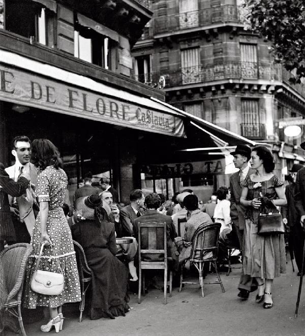Paris St Germain des Prés - Café de Flore 1949 Robert Doisneau