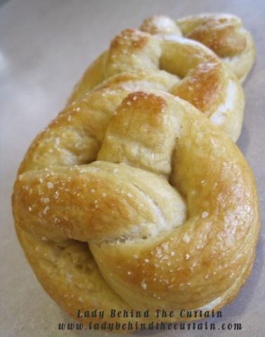 Soft Pretzels w/ bread machine - love love my bread machine!