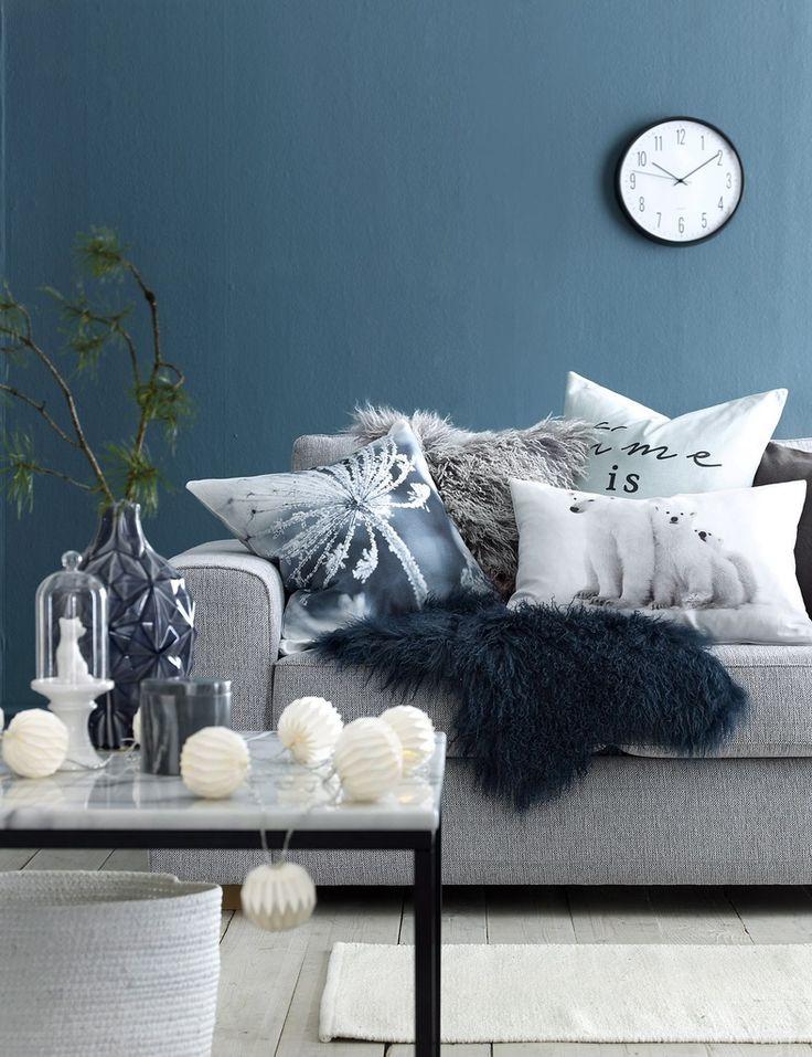 olohuone,olohuoneen sisustus,olohuoneen pöytä,olohuoneen matto,olohuoneen sohva,olohuoneen tekstiilit,maljakko,maljakot,ellos,syksy,syksyinen sisustus,tyyny,tyynyt,tyynynpäällinen,tyynynpäälliset,talja,taljat,valoköynnös,valoköynnökset,sohva,sohvat,pöytä,pöydät,sohvapöytä,sohvatyynyt,sohvatyyny,sohvapöydät