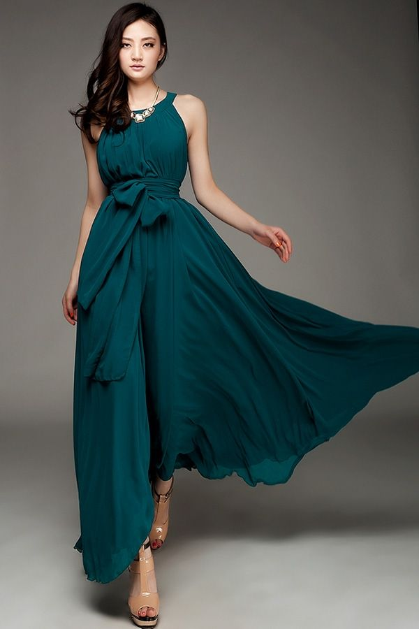 Great teal maxi dress with nude shoes. Dress For Your Body Type