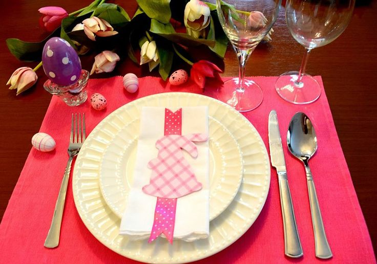 An Easter tablescape.
