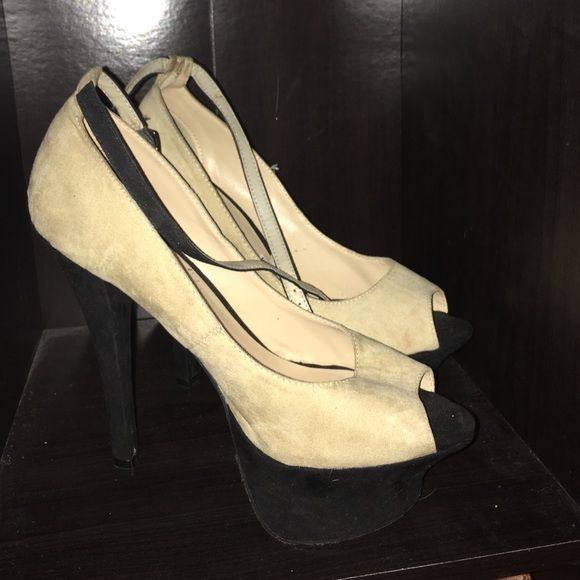 Suede pumps  3 inch platform with a 5 inch heel Penny loves kenny Shoes Platforms