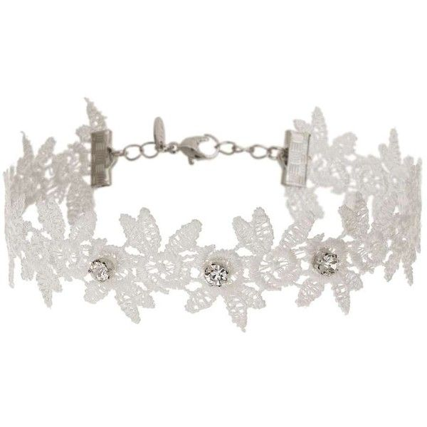 Miss Selfridge Flower Choker (500 HNL) ❤ liked on Polyvore featuring jewelry, necklaces, white, blossom necklace, choker jewelry, flower choker, flower necklace and choker necklace