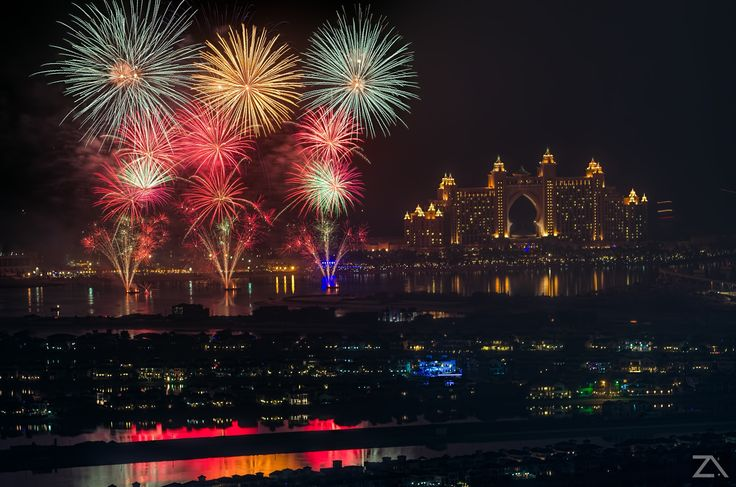 Dubaï - Photo Fireworks In Atlantis Dubai par Zohaib Anjum on 500px
