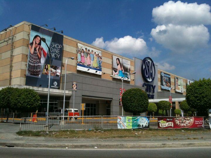 SM City Sucat in Parañaque City