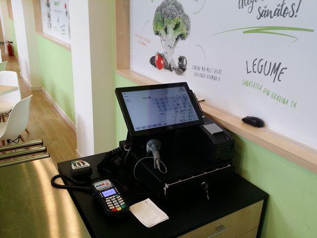 De curand s-a deschis Sanovita VegUp, restaurant tip autoservire cu meniu vegetarian, situat pe Calea Floreasca nr. 169, in Bucuresti. Pentru vanzari sanatoase, VegUp a ales o solutie integrata SmartCash RMS, ce include SmartCash POS versiune Professional, SmartCash Shop versiune Professional si SmartCash Lynx. Click pentru schita de dotare a magazinului:  http://www.magister.ro/portfolio/restaurant-vegup-sanovita-bucuresti/ Ii dorim mult succes, iar voua... pofta buna! :)