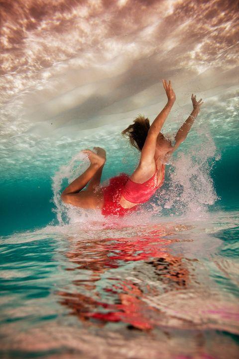 Elena Kalis – Amazing Underwater Photography
