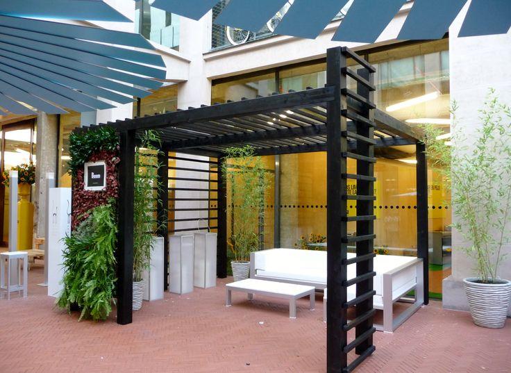 Pergola con uno de nuestros jardines verticales en el MediaLab Prado de Madrid para DecorAccion 2013