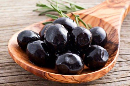 10 Reasons You Should Be Eating Olives Daily.  1. Cardiovascular Benefits. 2. Weight Loss.  3. Cancer Prevention.  4. Less Pain.  5. Skin and Hair Health.  6. Less Allergies.  7. Digestive Tract Health. 8. Good Source of Iron.   9. Eye Health.  10. Increases Blood Levels of Glutathione