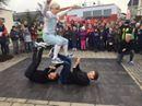 """Akrobatischer Start in den Tag bei """"Guten Morgen Österreich"""" in Geinberg mit der Breakdance-Formation Breakin' Mozart.   Mehr Infos: http://tv.orf.at/unterwegs/stories/2878024/. Die ganze Sendung: http://tvthek.orf.at/profile/Guten-Morgen-Oesterreich-0635/13887643.  App: http://tv.orf.at/unterwegs/stories/app/."""