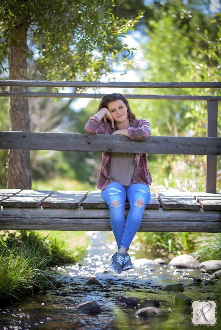 senior picture poses ideas for girls photography Durango Colorado
