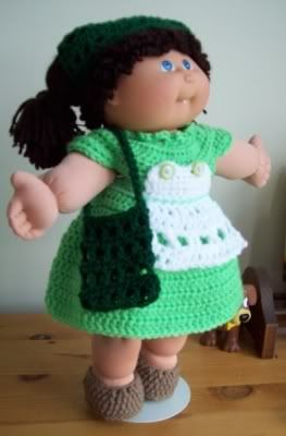 Free crochet Cabbage Patch doll dress pattern at http://www.crochetville.com/community/topic/85970-it%E2%80%99s-so-easy-going-green-%E2%80%93-17%E2%80%9D-cpk/