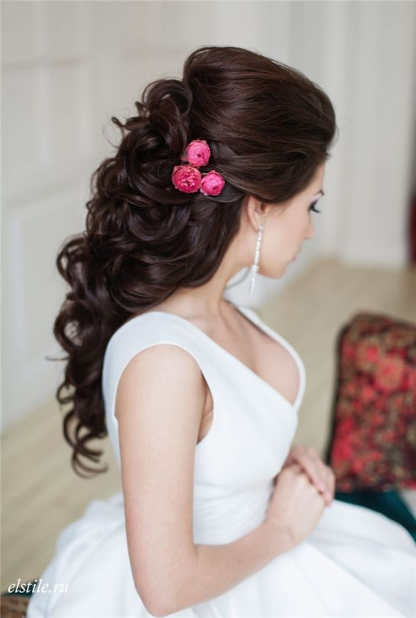 Style Ideas: 20 Modern Bridal Hairstyles for Long Hair   http://www.deerpearlflowers.com/style-ideas-20-modern-bridal-hairstyles-for-long-hair/