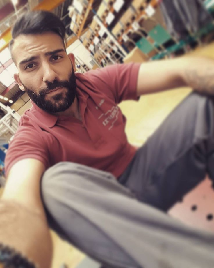 #goodmorning #atwork #yesterday #selfie #selfietime #loveyourwork #relax #picoftheday #instagreek #timetowork #model #industrial #mechanic #happyface #november #winter #beardedmen #sexybeard #tired #break #germany #tattoo #tattooed #goodday #greek #red #serious #seriously #awesome #justsittinghere