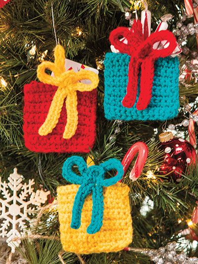 Crochet Christmas presents and ornaments patterns