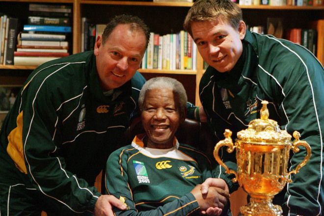2007 Mandela Goes To South Africa Dec 5, 2013 By Desire Thompson Nelson Mandela meets South Africa Rugby Union coach Jack White and union captain John Smith with the World Cup Trophy
