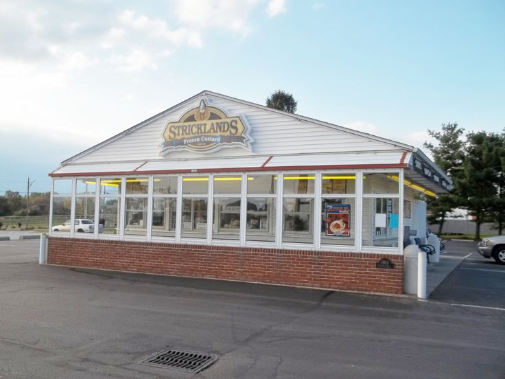 Stricklands Custard Stand, Akron Ohio, best custard ice cream ever!