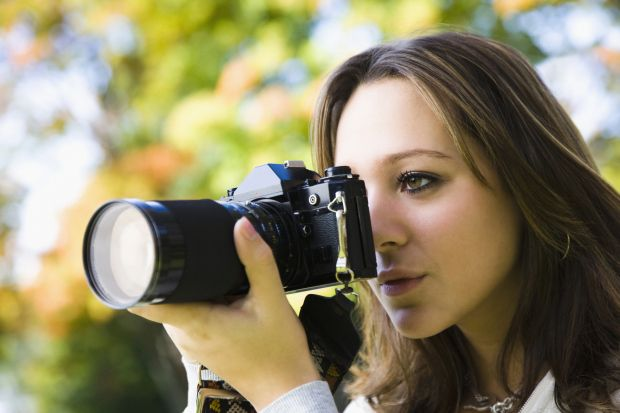 Best Digital Photography Classes In NYC – CBS New York #best #photography #school #in #nyc http://philippines.nef2.com/best-digital-photography-classes-in-nyc-cbs-new-york-best-photography-school-in-nyc/  # Best Digital Photography Classes In NYC Want to learn your digital camera without spending a lot of money? Or are you a professional photographer who needs to brush up on a few skills? There are some great resources for little or no money in the city, in places that might surprise you…