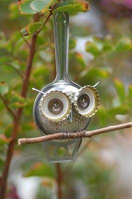 tea strainer, pop bottle tops and wire = garden owl