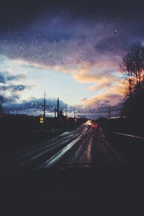 rainy drives ↣✿