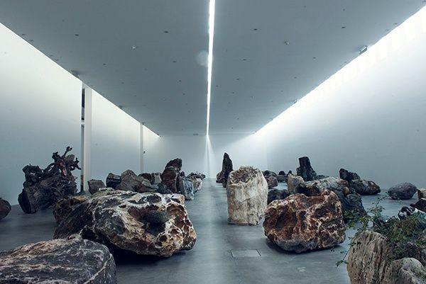 "Adrián Villar Rojas ""Rinascimento"" at Fondazione Sandretto Re Rebaudengo, Turin, 2016"