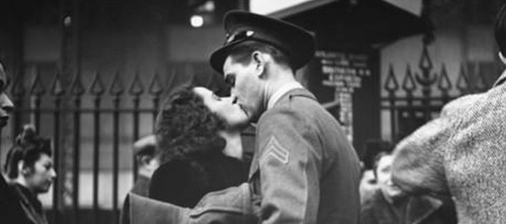 By Lizann Lightfoot Romantic real-life military love stories that are better than a movie. Forget Dear John. And Top Gun. And Pearl Harbor. . . …
