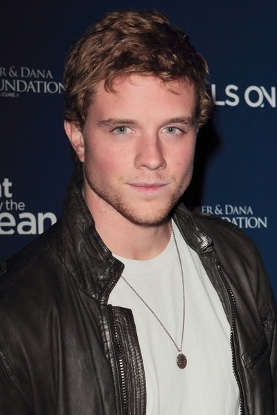 Jonny Weston is perfection<3 @Addison Howell Epps there will be more to come.