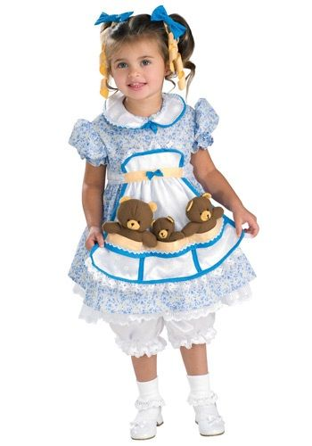 Your little girl will love brining a storybook to life in this Child Goldilocks Costume. This is perfect for any fan of fairytales.